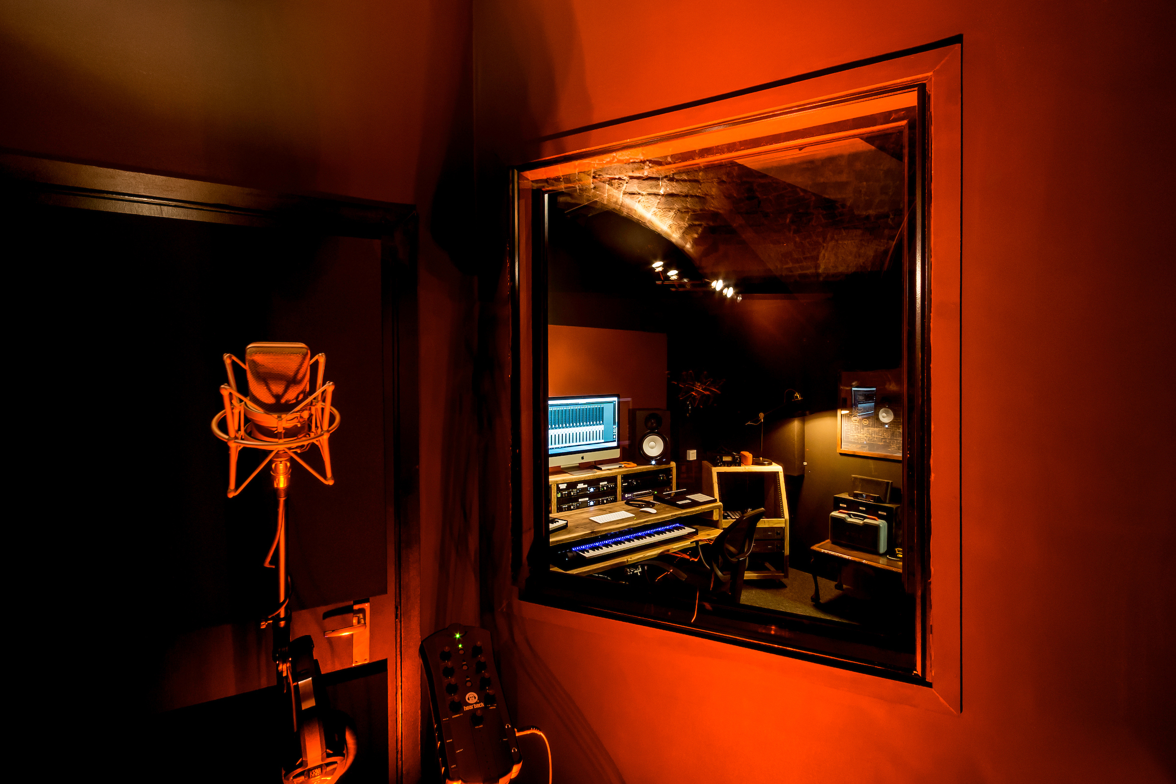 vocal booth rattle london